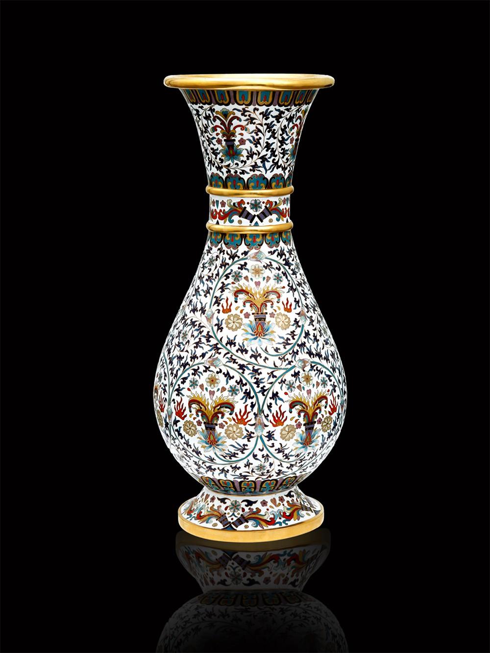 十大经典之钢花瓶.jpg
